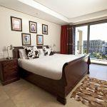 Waterfront Village: Stay 4 nights for the price of 3